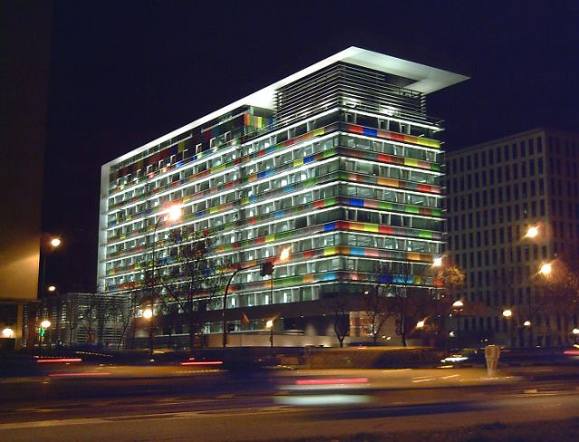 Edificio del I.N.E. (Madrid) 01